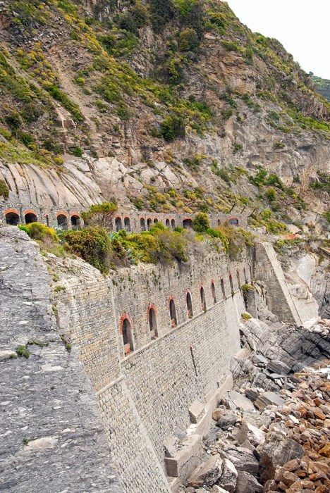 Part of Via dell'Amore between Manarola and Riomaggiore