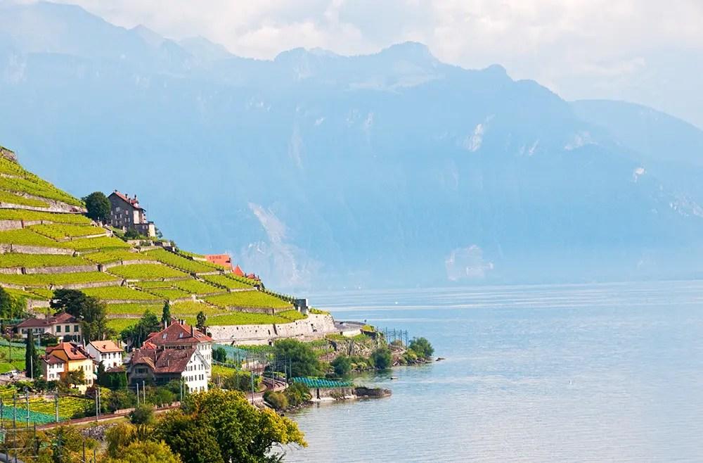 Lac Léman (Lake Geneva) and mountains