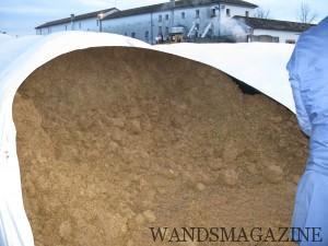 巨大なチューブに保管されたヴィナッチャ