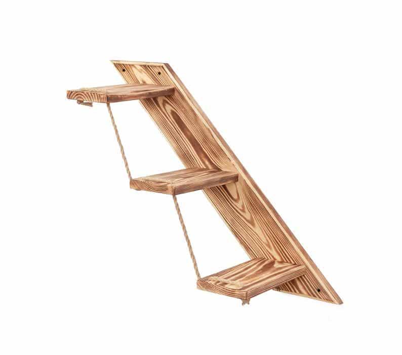 escalier en bois avec l'aubier visible