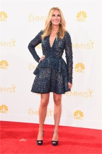 Julia Roberts in Elie Saab