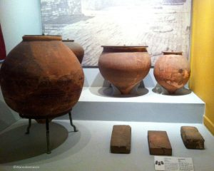 pots from the Harappan civilization - Prince of Wales Museum