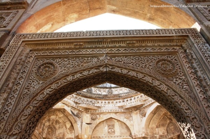 intricate carvings on the arches at Jami masjid - champaner-pavagadh archaeological park