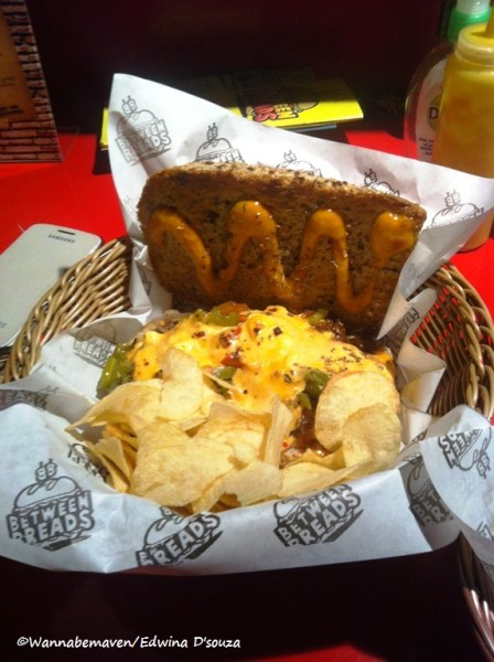 Philly Cheese steak sandwich - between breads bandra review