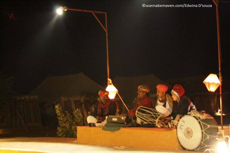 rajasthan folk performance prince desert camp jaisalmer - best desert camp in jaisalmer