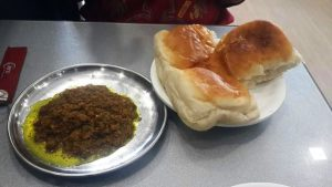 kheema pao at hotel fountain