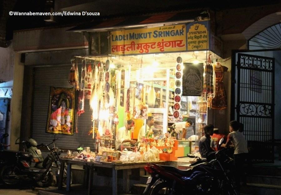 street shops in Mathura-Vrindavan - Temples in Mathura Vrindavan