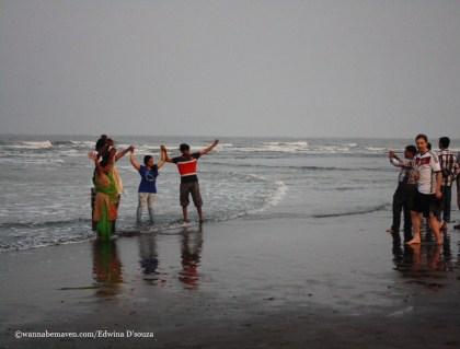 velas turtle festival-velas beach