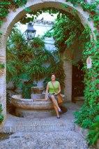 een patio nabij de Joodse synagoge