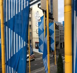 Blauwen op Geel, Daniel Buren, Brussel