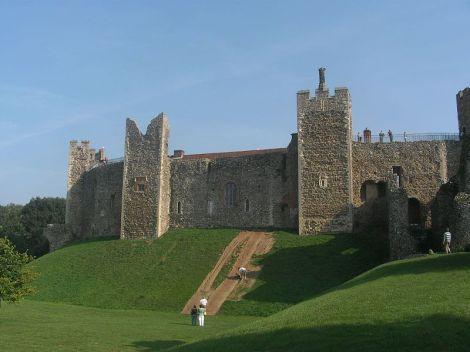 framlingham_Castle_Postern_Gate