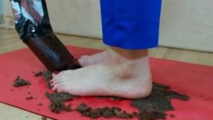 Carmen's Barefoot Double Cake Crushing Video