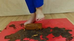 Carmen's Barefoot Fruit Cake Crushing Video