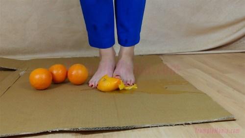 Carmen's Barefoot Orange Crushing Video