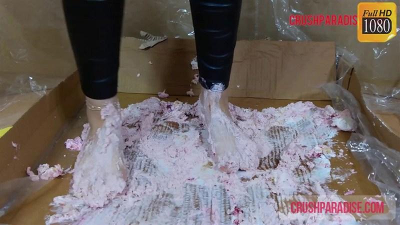 Crystal's Bare Feet Messy Creamy Cake Crush