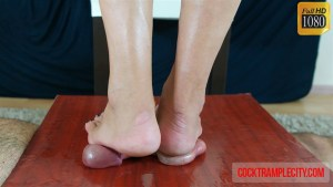 Mature Donna's First Time Cock Trample with Cumshot