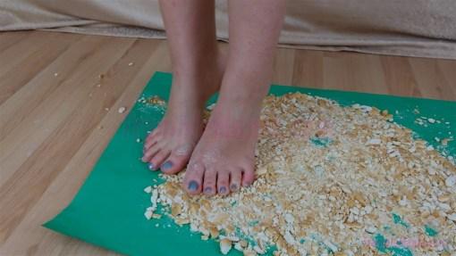Rachel Barefoot Hard Biscuit Crush