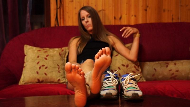 Sandras Stinky Gym Feet