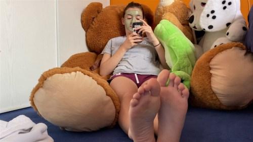 YO Juliettes Sexy Feet