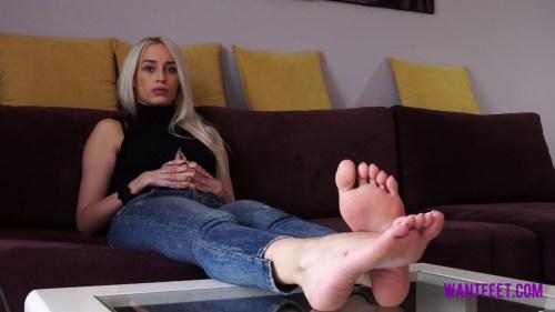 Beautiful Blondes Perfect Feet