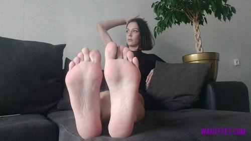 Mashas Gym Sweaty Feet