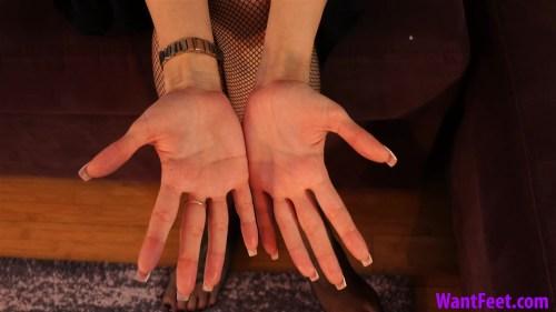 Jasmines New Finger Nails