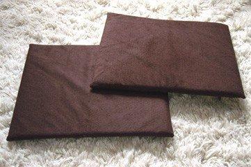 KatKabin brown cushions