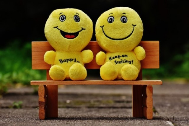 smilies-bank-sit-rest-160739-large