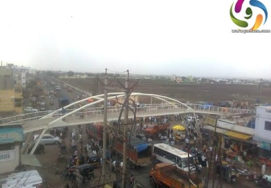 ناندیڑ شہر کی اہم شاہراہوں اور چوراہوں پر غیر مجاز تجاوزات ہٹانے کی مہم میں شدت