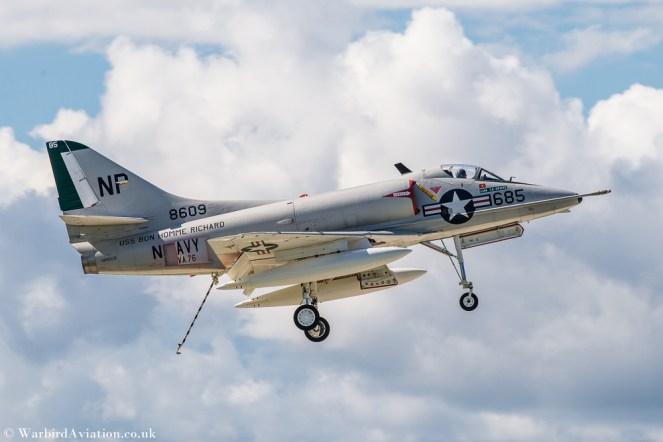 Douglas A-4 Skyhawk – Dirty Pass