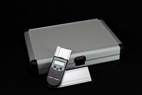 Fassungsscheibenwinkel-Messgerät mit Koffer
