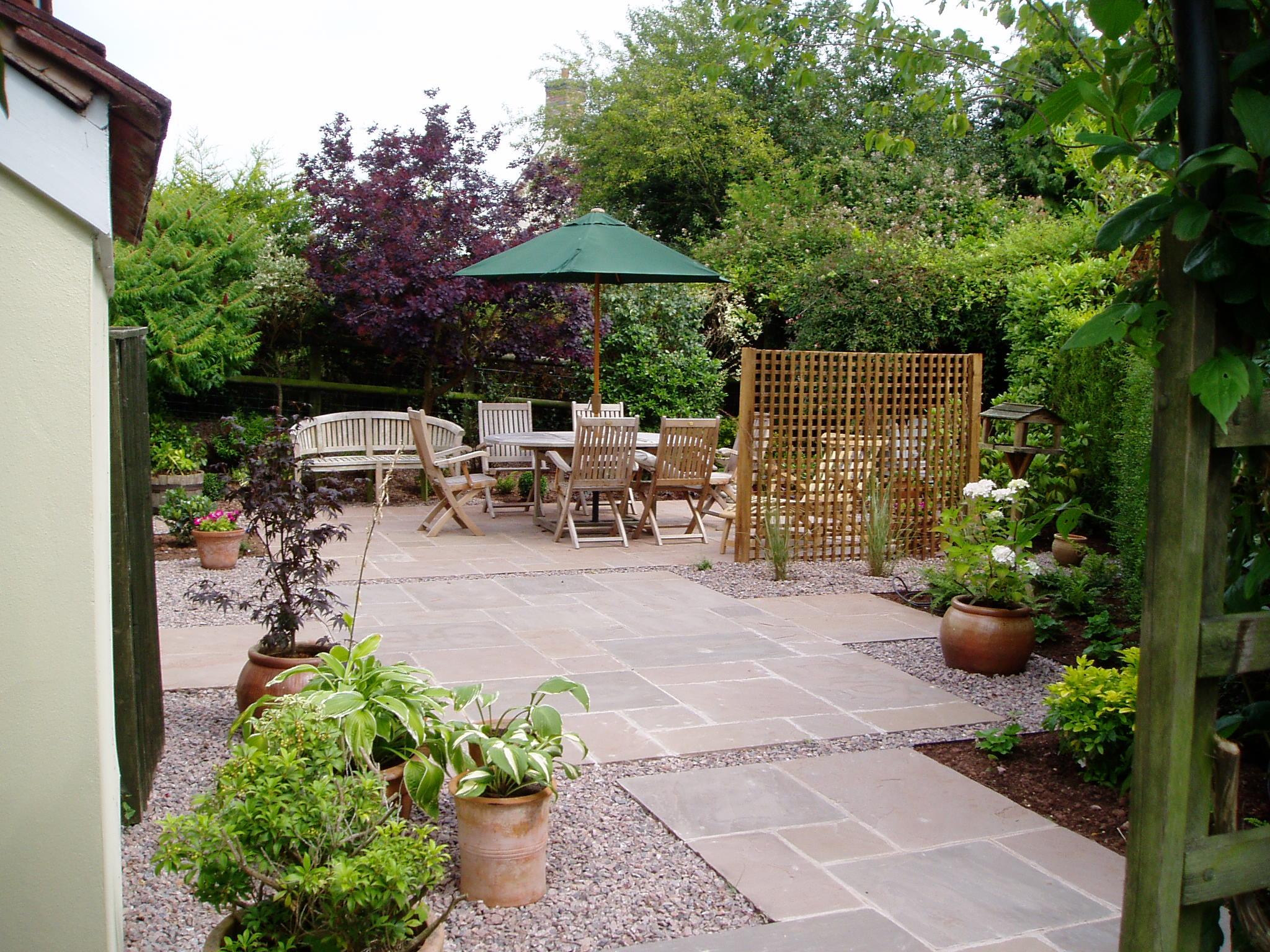 Country courtyard garden | Jo Ward-Ellison Gardens on Courtyard Patio Ideas id=33924