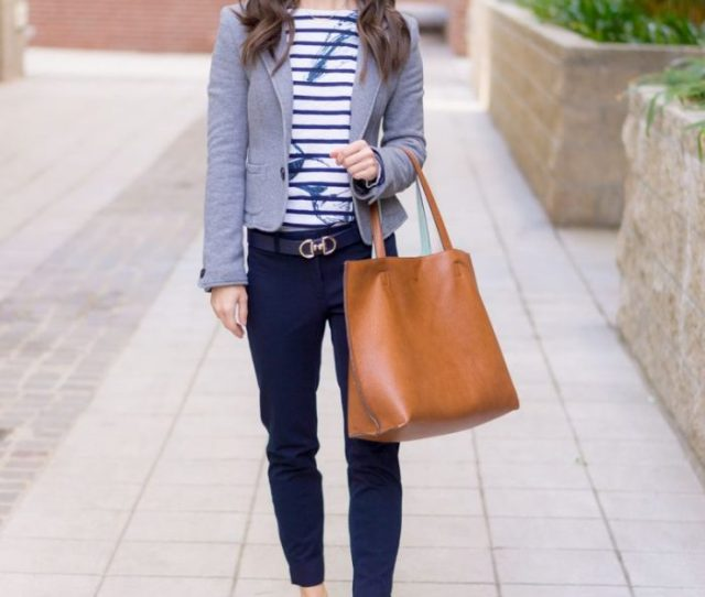 Travel Outfit Ideas For Women