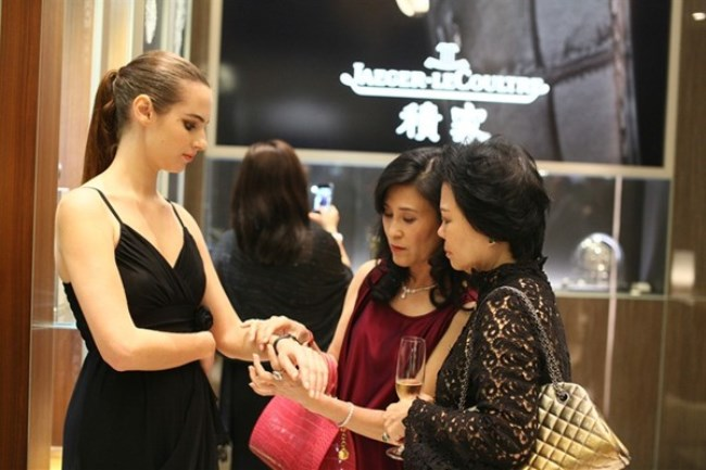 WTFSG_jaeger-lecoultre-toasts-new-year-kuala-lumpur_model-guests