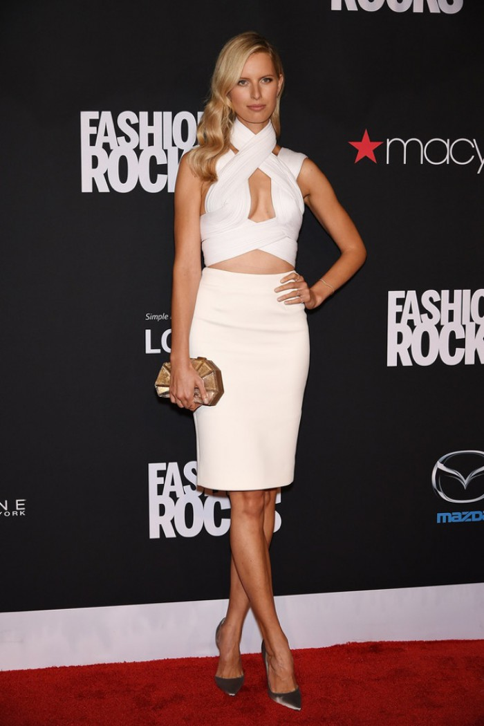 WTFSG-fashion-rocks-2014-red-carpet-karolina-kurkova