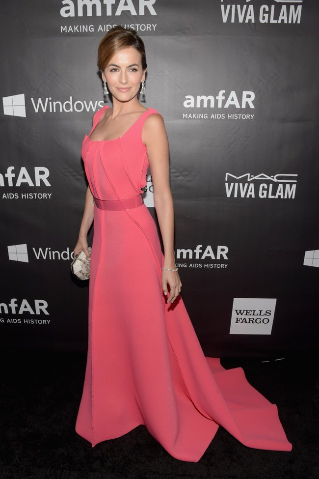 WTFSG-2014-amfAR-LA-Inspiration-Gala-red-carpet-camilla-belle