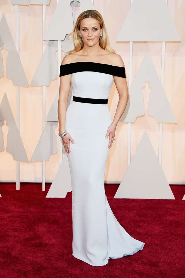 WTFSG_reese-witherspoon-white-black-tom-ford-gown-oscars-2015