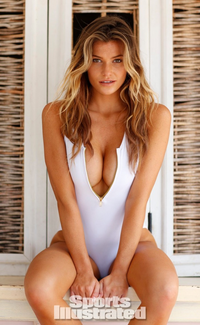 WTFSG_sports-illustrated-rookie-of-the-year-2014_samantha-hoopes