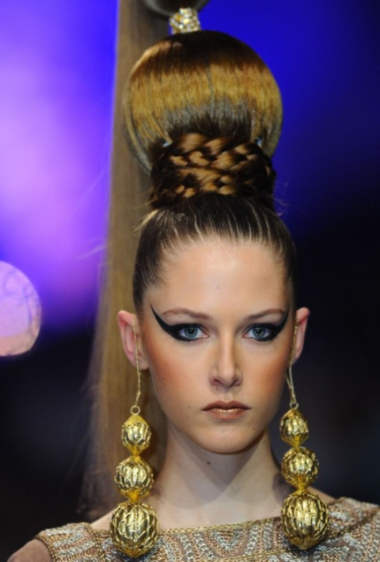 WTFSG_Slicked-Up-Hair-With-Braids-Buns-In-Zareena-Spring-Summer-2015