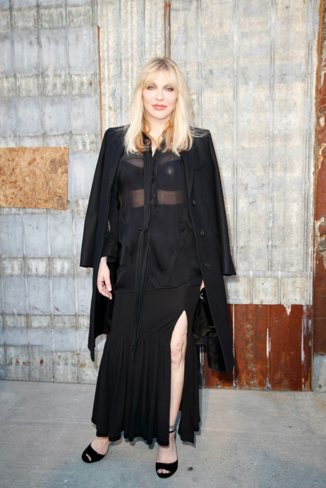WTFSG_star-style-givenchy-spring-2016-fashion-show_Courtney-Love