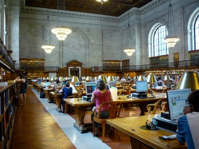 NYPL Rose Main Reading Room (foto Teri Tynes, Flickr, cc-by 2.0)