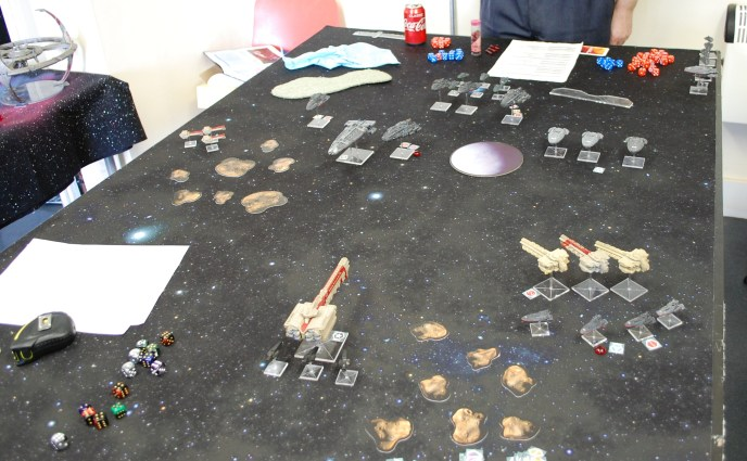 News from the Front #1 – Firestorm Armada, 1200pt Dindrenzi ambush of the Terrans!