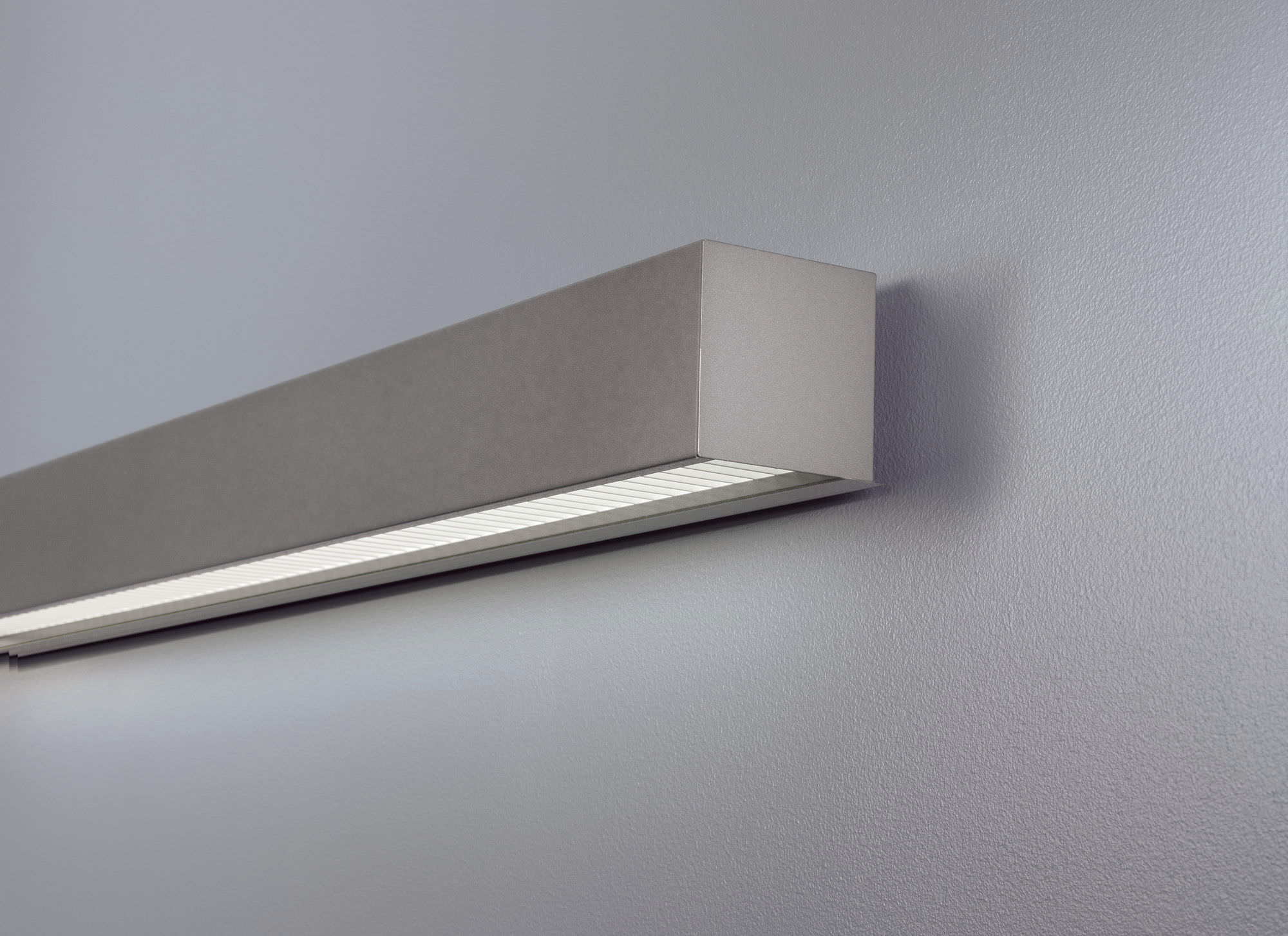 Get the Elite and Modern Home look with interior wall ... on Wall Mounted Decorative Lights id=99853