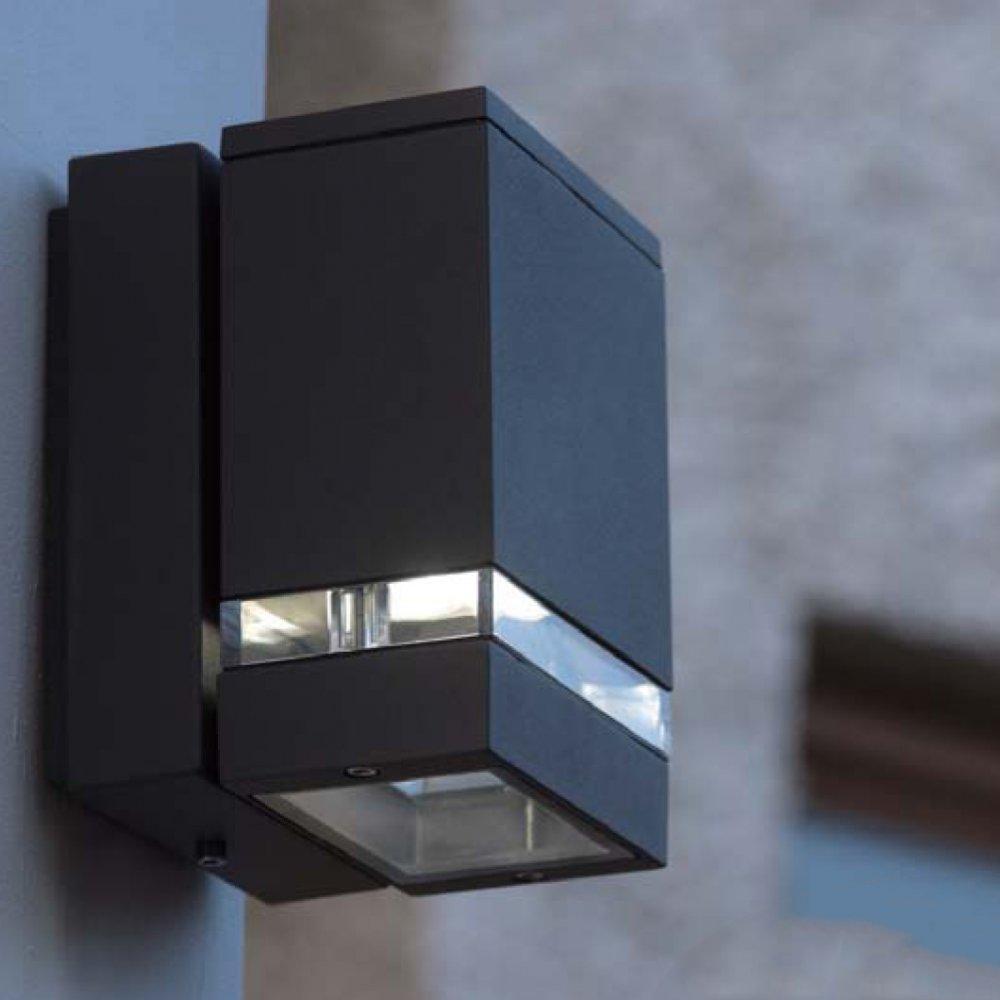 Changing Fluorescent Light Bulbs