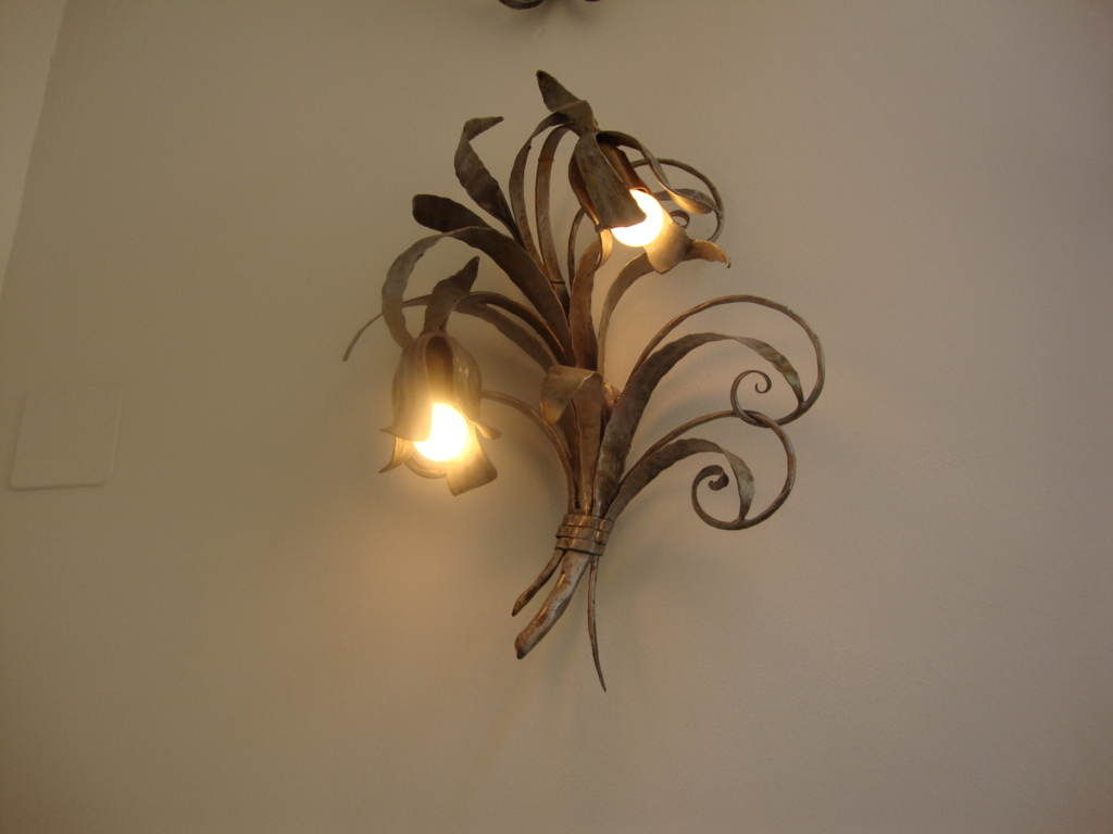 Wall mounted decorative lights - 10 methods to create a ... on Wall Mounted Decorative Lights id=71976