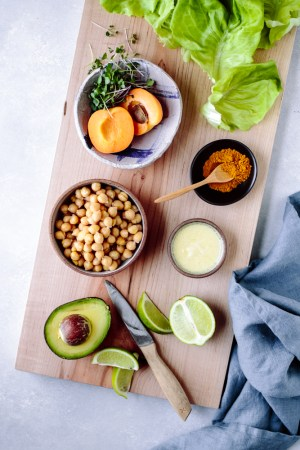 Curry and Apricot Chickpea Salad Lettuce Wraps — warmandrosy.com