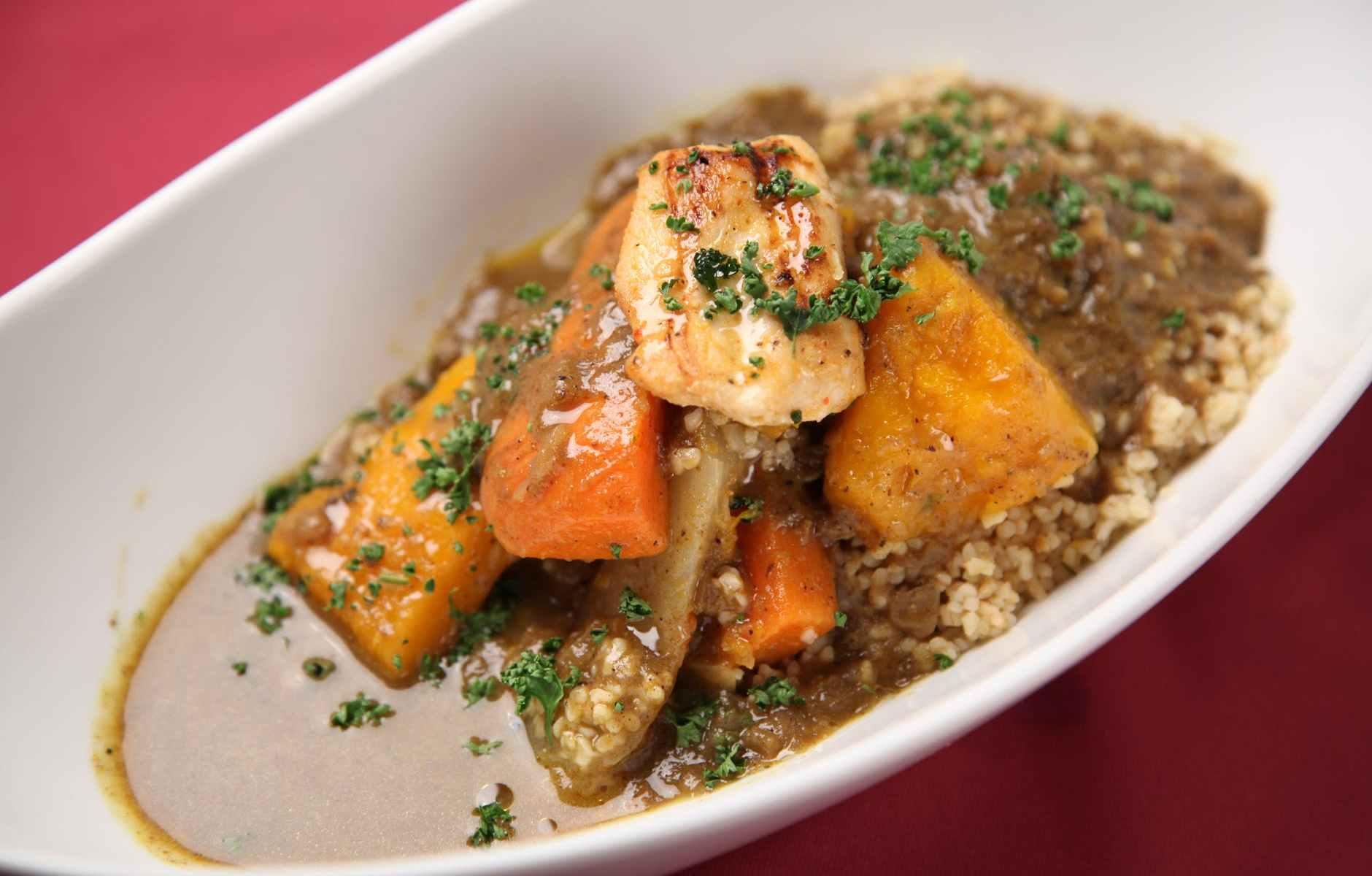 Lamb stew with raisin