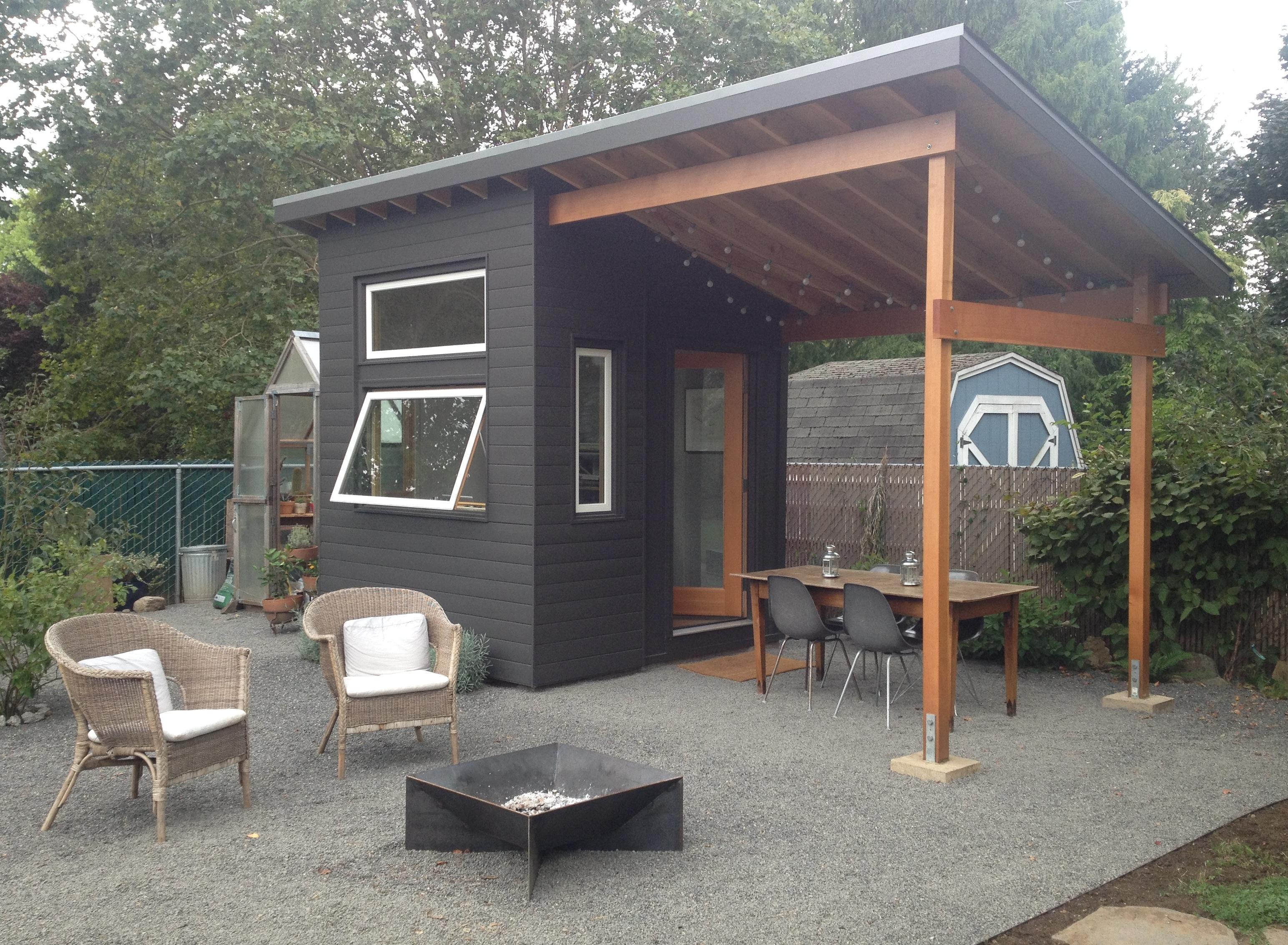15 Glorious Backyard Studio Ideas You Need To Accompany ... on Backyard House Ideas id=91291