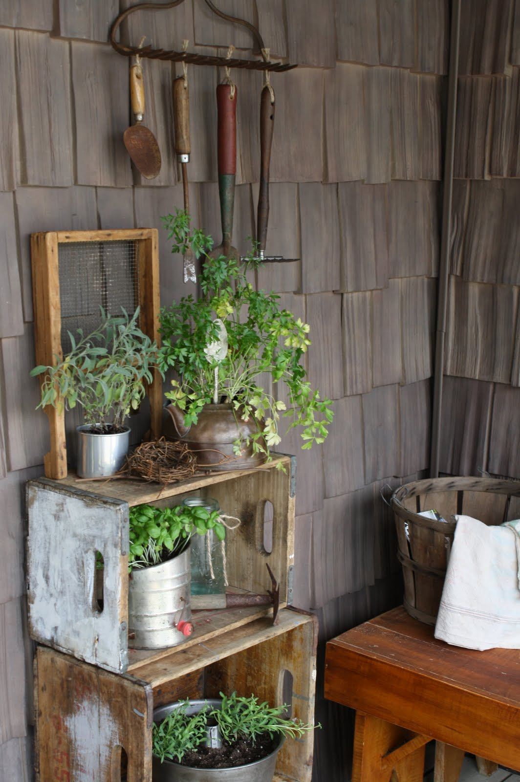 20 Ultra Cool Summer Porch Decor Ideas to Welcome the ... on Country Patio Ideas id=70941