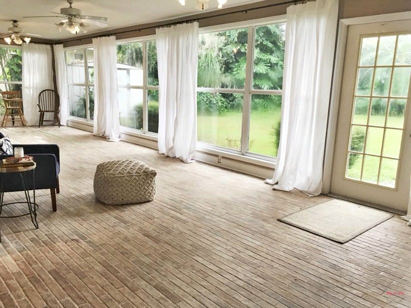 These 20 Farmhouse Living room Decor and Design Ideas are ... on Farmhouse Living Room Curtain Ideas  id=34302